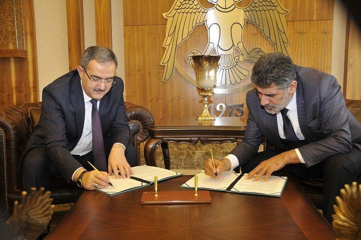 Selçuk Üniversitesinde 1. Konya Kitap Fuarı için protokol imzalandı