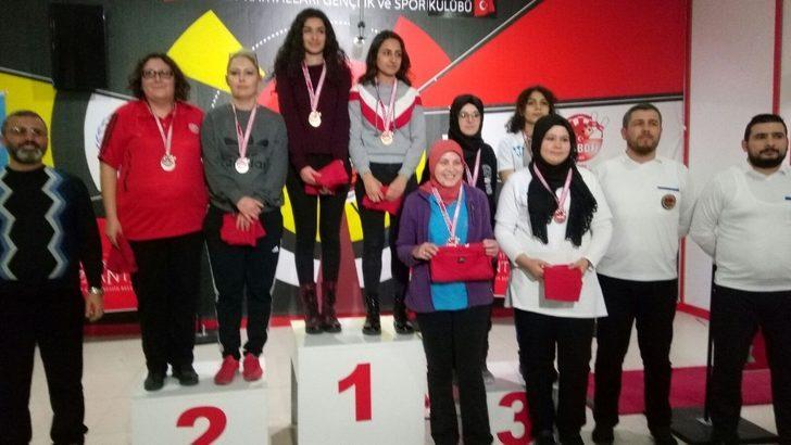 Pazaryeri ekibi Türkiye Dart Şampiyonasında ikinci oldu