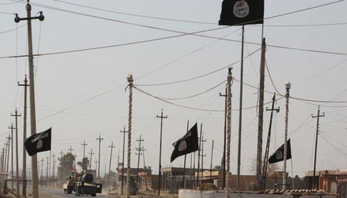Times: IŞİD Suriye ve Irak'ta yeniden örgütleniyor