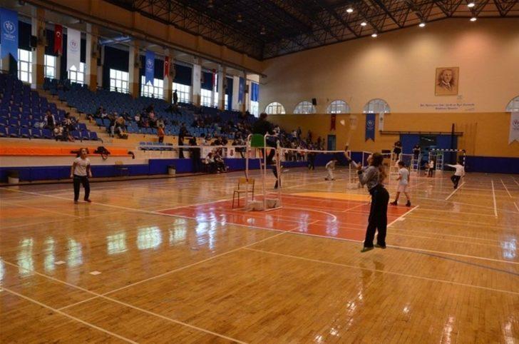 Badminton Analig Ege Grup müsabakaları Aydın'da başlıyor