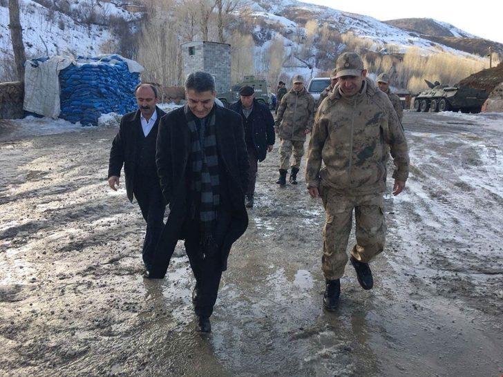 Kaymakam Özkan'dan karakol ve polis noktasına ziyaret