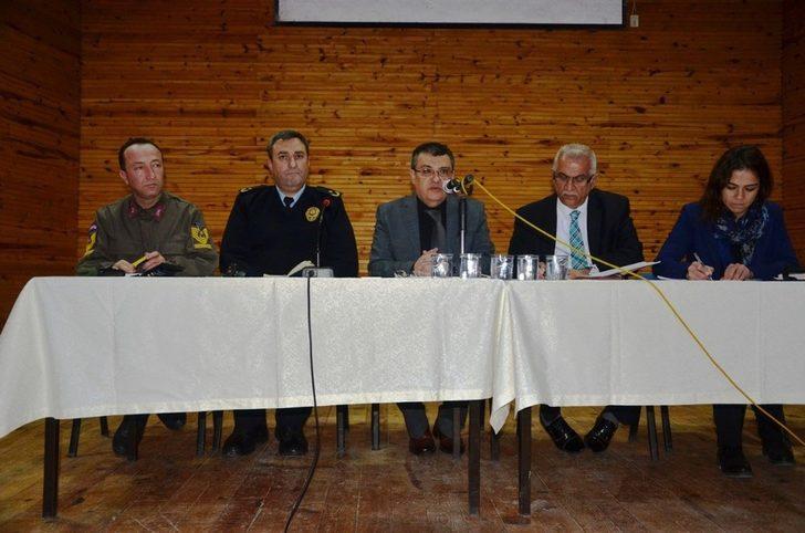 Sapanca'da okul güvenliği toplantısı yapıldı
