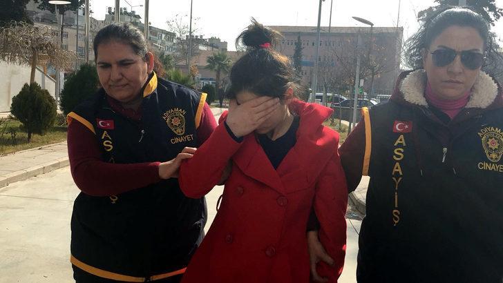 4 yaşındaki kızını serum hortumuyla boğmuş