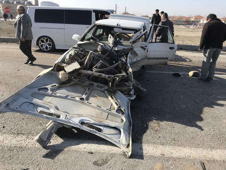 Taziye ziyaretine giden çift, kazada yaralandı