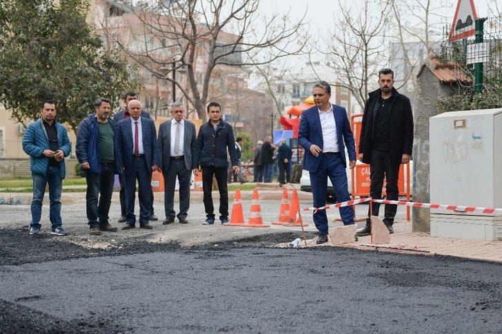 Başkan Uysal, asfaltlama çalışmalarını inceledi