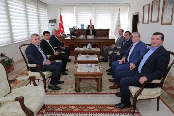 Şaphane protokolü Vali Ahmet Hamdi Nayir'i ziyaret ettİ