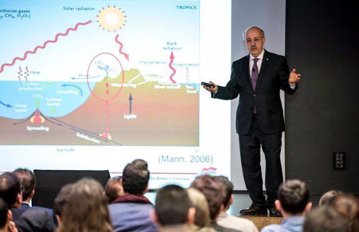 İTÜ Rektörü, Kayseri'de iklim değişikliğini anlattı