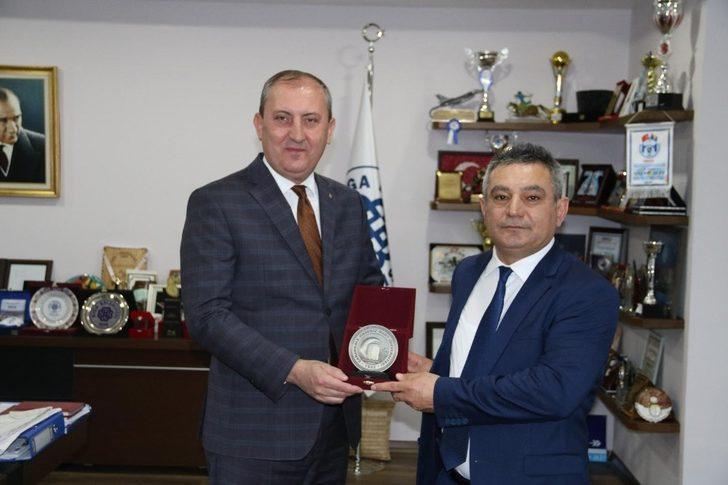 Rektör Acer'den Başkan Işık'a ziyaret