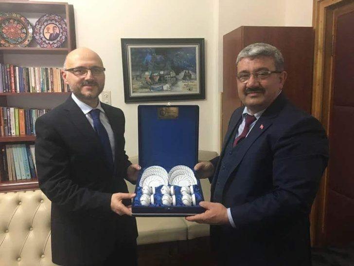Başkan Ferit Karabulut: BOTAŞ Genel Müdürü Özcan'la doğalgazı konuştuk