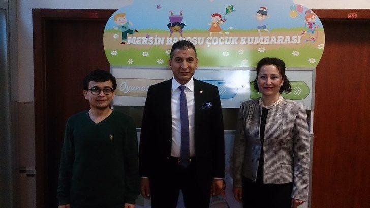 Mersin Barosu'ndan Gaziantep'teki öğrencilere kitap bağışı