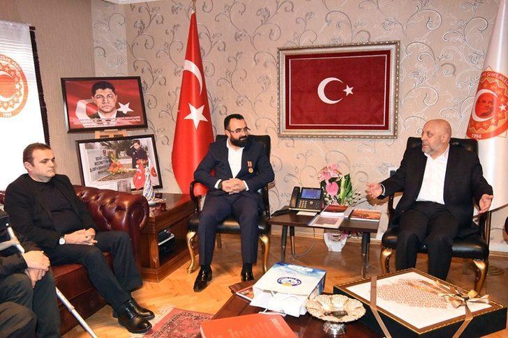 """HAK-İŞ Başkanı Arslan: """"Şehit ve gazilerimiz hayatımızın önemli bir parçasıdır"""""""