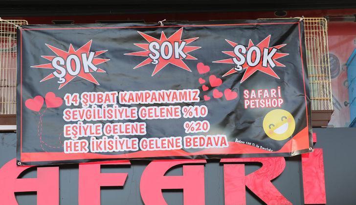 Rize'de gülümseten 'Sevgililer günü' kampanya afişi