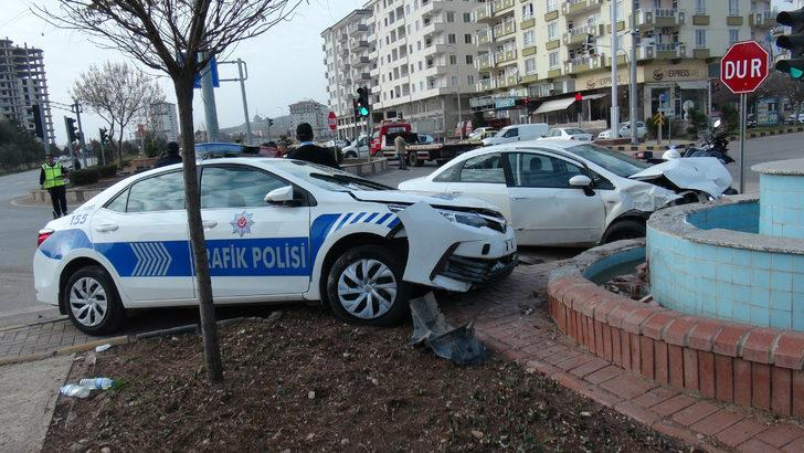 Kilis'te kaza: 2'si polis, 3 yaralı