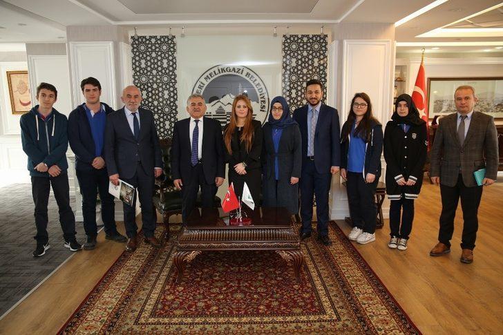 Kayseri Lisesi öğrencileri Melikgazi'de