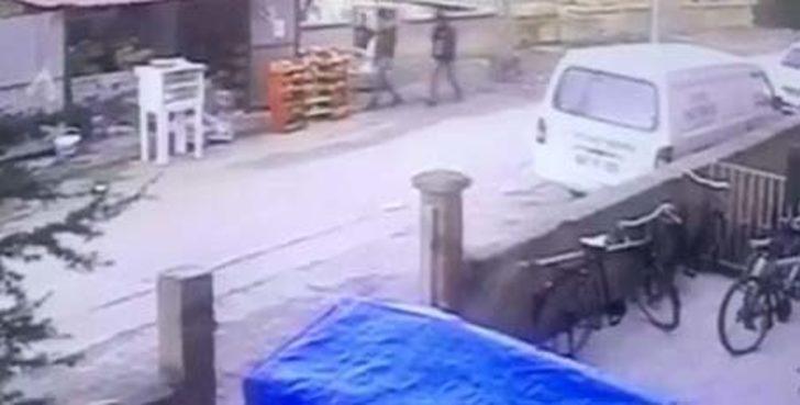 Bakkal, tüfekli gaspçıları kovaladı
