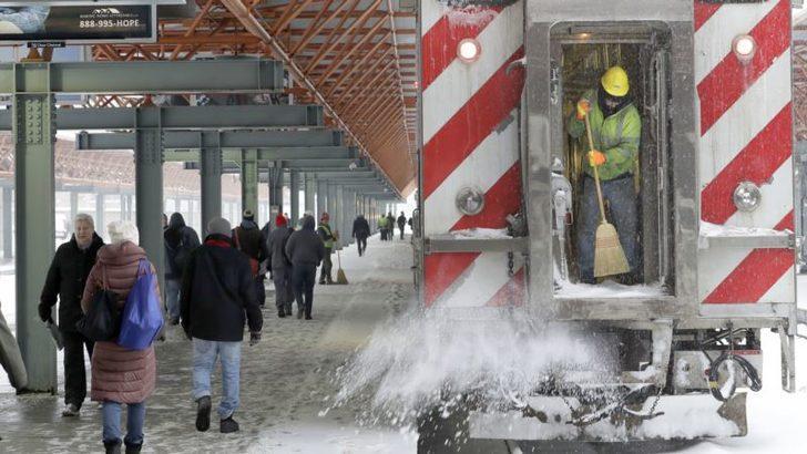 ABD'de Şiddetli Kar Fırtınası Hayatı Olumsuz Etkiledi
