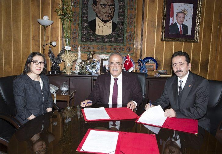 Atatürk Üniversitesi ile Kültür ve Turizm Bakanlığı arasında protokol imzalandı