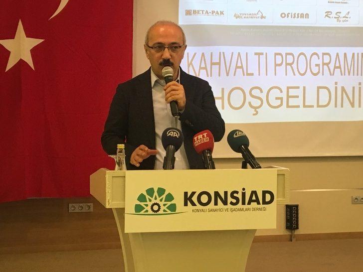 """Bakan Elvan: """"Türkiye dururken teröristlerle işbirliğini tercih ettiler"""""""