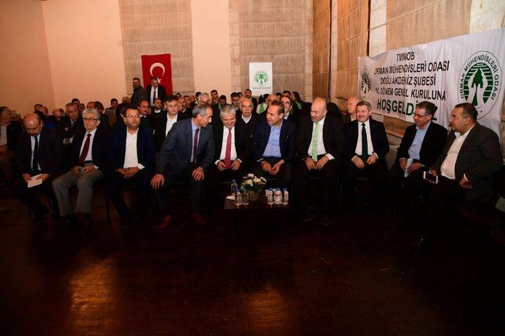 Orman Mühendisleri Genel Kurulu'nda Başkan Sözlü'den 'Türklük' vurgusu