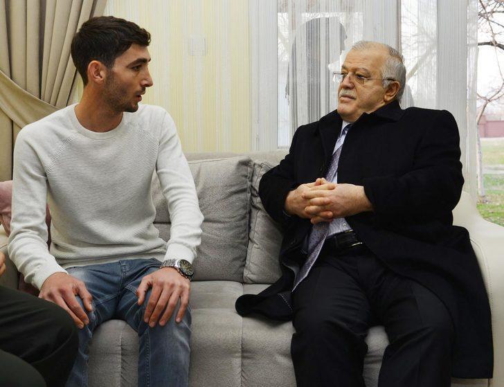 Kırşehir Valisi, Afrin operasyonunda yaralanan uzman çavuşu ziyaret etti