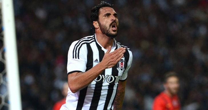 Hugo Almeida - Yaşı: 33 - Takımı: AEK Atina (Yunanistan)