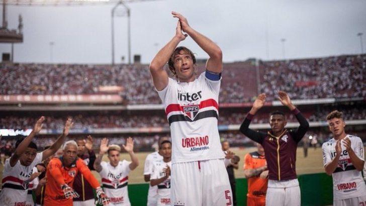 Diego Lugano - Yaşı: 37 - Futbolu bıraktı