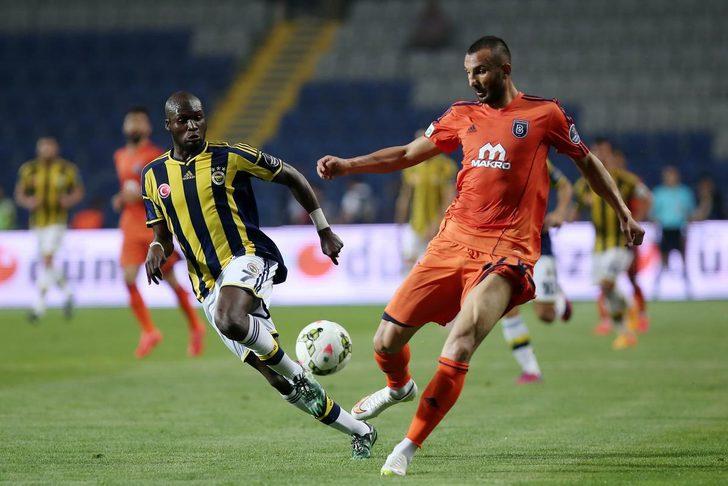 Başakşehir - Fenerbahçe maçı saat kaçta? Zirvede büyük randevu! (FB Başakşehir  maçı canlı izle)