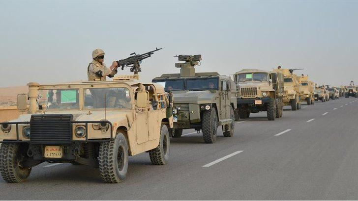 Mısır Ordusu: Sina Yarımadası'nda 16 militan öldürüldü