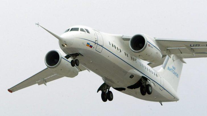 Moskova'dan kalkan yolcu uçağı düştü: '71 kişi öldü'
