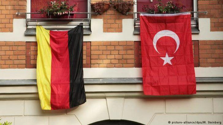 """Almanya Türk Toplumu'ndan """"Yurt Bakanlığı"""" tepkisi"""