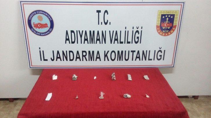 Jandarma 9 kişiyi uyuşturucu kullanırken yakaladı
