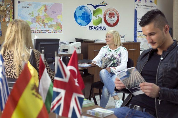 SDÜ, öğrenci değişimi listesinde Türkiye'deki ilk 10 üniversite arasında