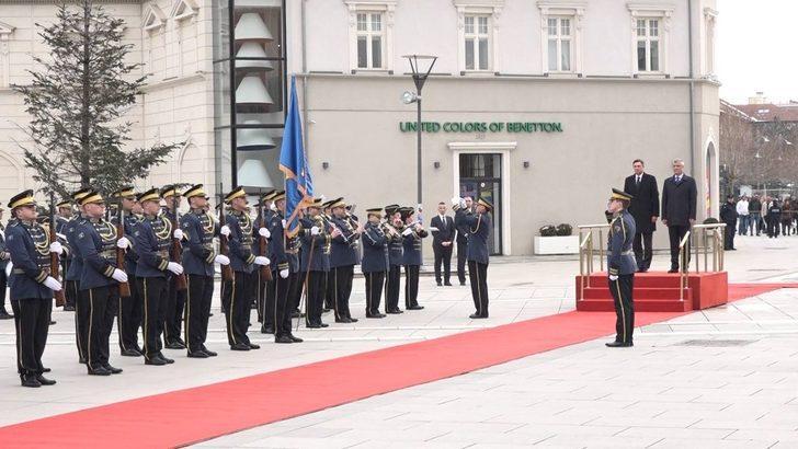 Slovenya Cumhurbaşkanı Pahor Kosova'da