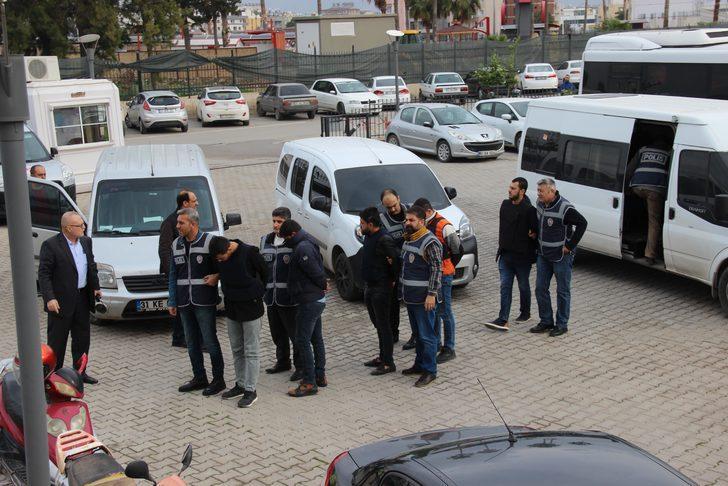 Eski futbolcu cinayetinde 5 kişiye tutuklama