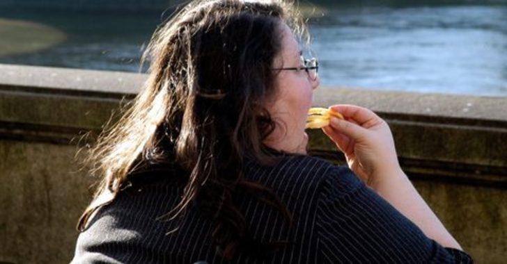 Hızlı yemek kilo aldırıyor: Yenilen yiyecekler kadar yeme tarzı da sağlığı etkiliyor