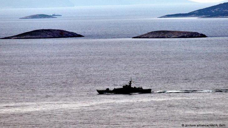 Yunanistan: Kardak'ta Türk ve Yunan tekneleri çarpıştı