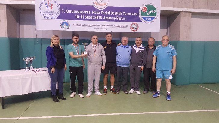 Pazaryeri ekibi masa tenisinde 3.'lük kupası kazandılar