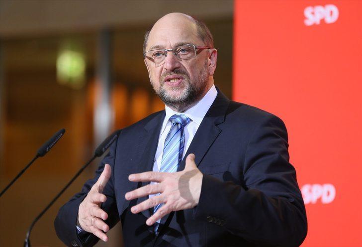 Alemania: Martin Schulz se retira del liderazgo del SPD