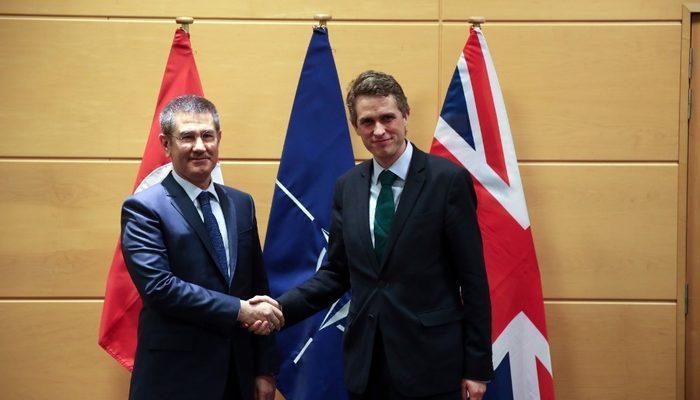 Bakan Canikli, NATO Genel Sekreteri ve İngiltere Savunma Bakanı ile görüştü