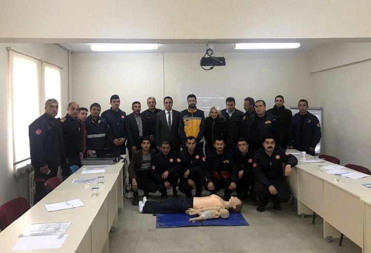 Mardin'de itfaiye personeline ilk yardım eğitimi