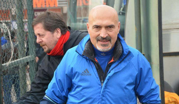 """Kardemir Karabükspor Teknik Direktörü Açıkgöz: """"Mecbur kazanmak zorundayız"""""""