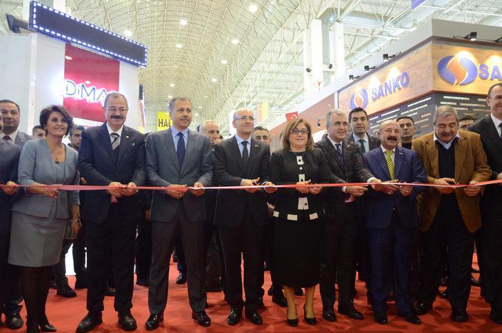 Mehmet Şimşek: Türkiye yeni bir yatırım hamlesinin başlangıcında