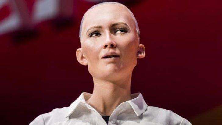 Vatandaş robot Sophia sorularınızı sosyal medyadan yanıtlayacak!