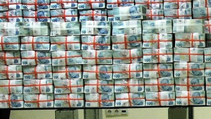 Bütçe 20 milyar lira açık verdi