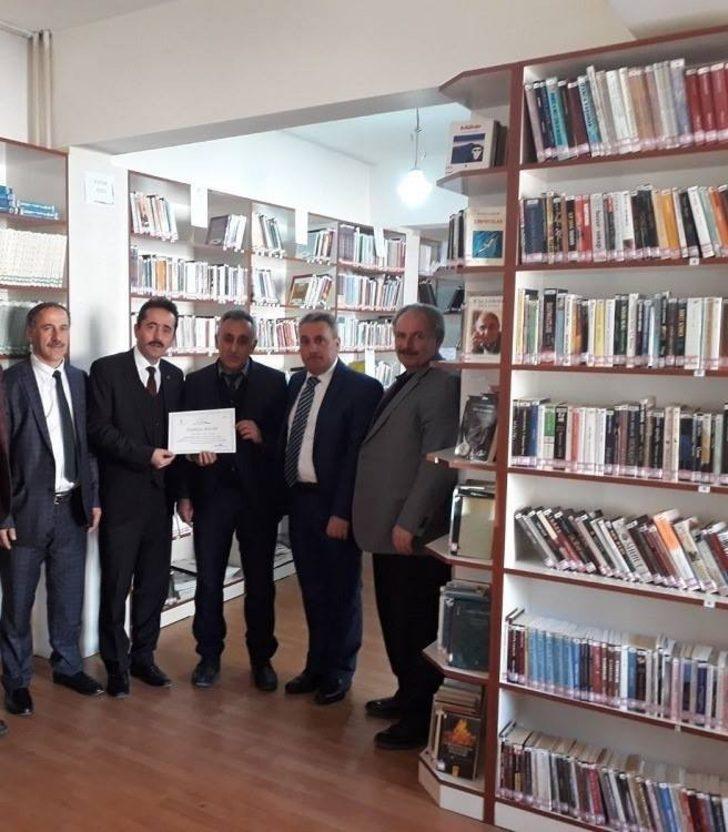 Başarılı kütüphane yöneticilere ödül verilecek