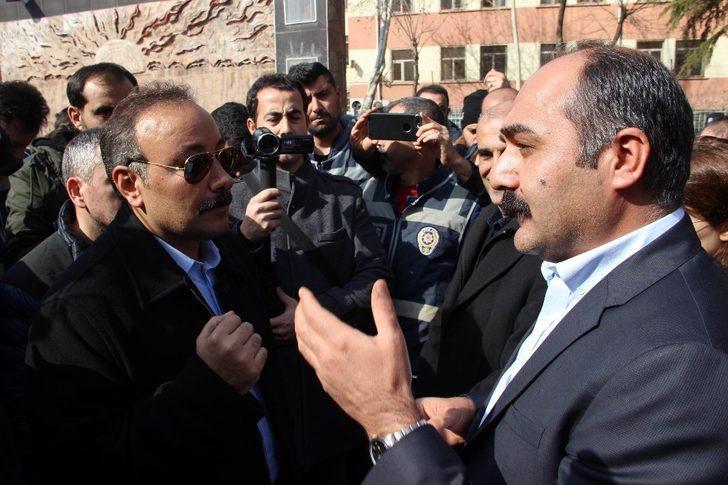 """Polis müdüründen HDP'li vekile: """"Burası muz cumhuriyeti değil"""""""