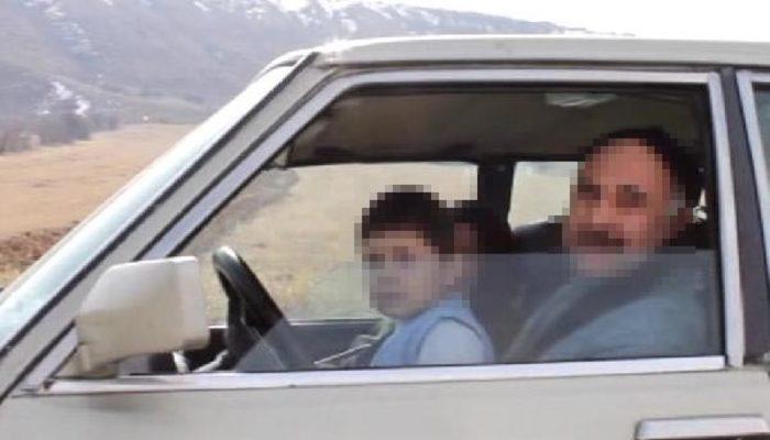 5 yaşındaki çocuk otomobil direksiyonunda