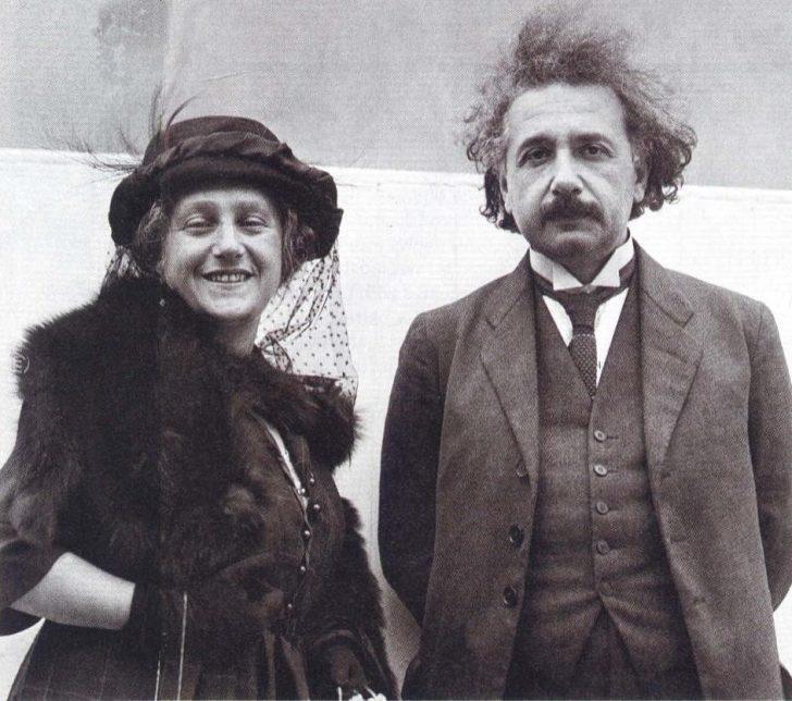 Bilim insanı olmuşsun ama koca olamamışsın! Einstein'ın karısına koyduğu 8 inanılmaz kural!