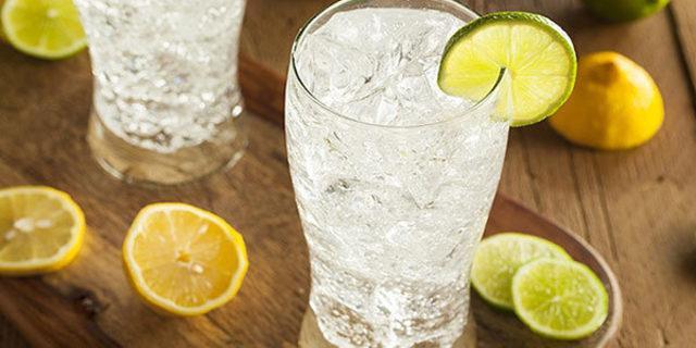 Faydalarından yararlanmak istiyorsanız bardakta içmeyin