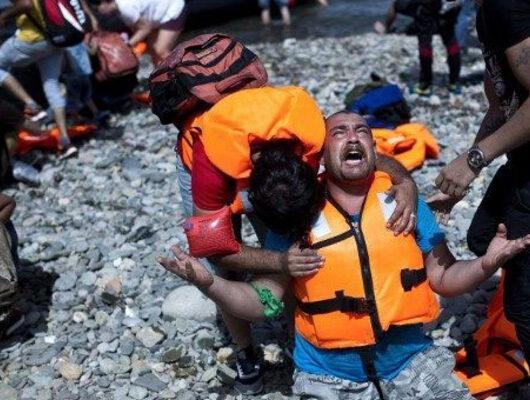 Kan donduran iddia: Suyun altında binlerce ceset var